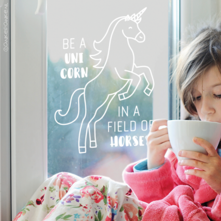 Be a unicorn in a field of horses quote raamtekening