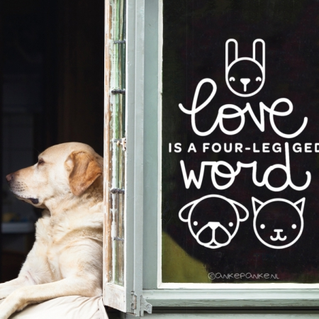 Love is a four-legged word quote raamtekening